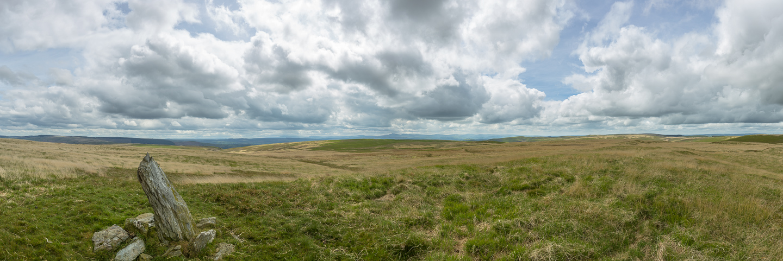 mynydd Mallaen, standing stone, views, brecon beacons,