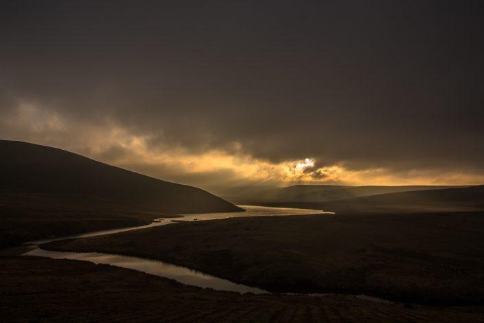 elan valley, sunset, river, crepuscular rays,