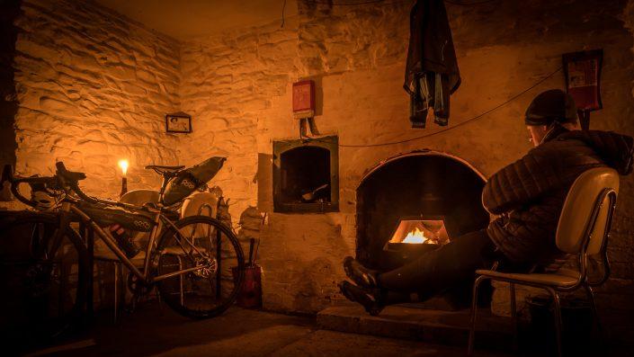 bothy, moel prysgau, bikepacking, apidura,