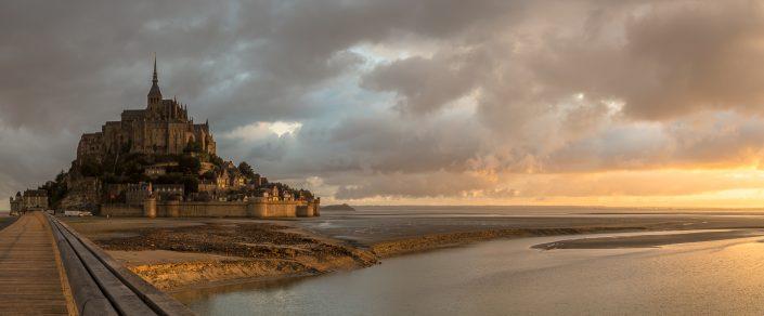 Mont Saint Michel, sunrise, france, travel,