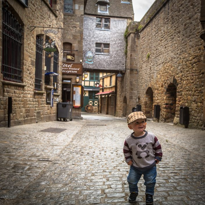 mont saint michel, france, travel, kids, child, fashion, hat,